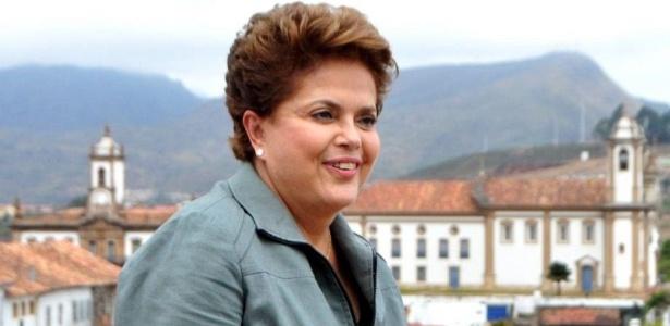 Analistas creditam a ascensão de Dilma em parte à economia acelerada e à expansão da ajuda para famílias de baixa renda