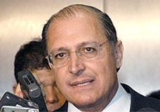 Alckmin sugere investigação de elos do PCC com PT