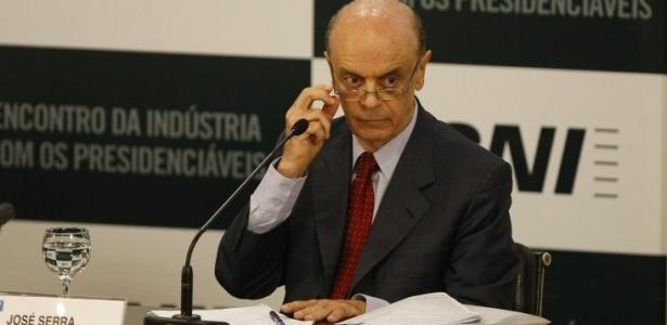 Serra prometeu que, se eleito, SUS financiará internações de dependentes químicos