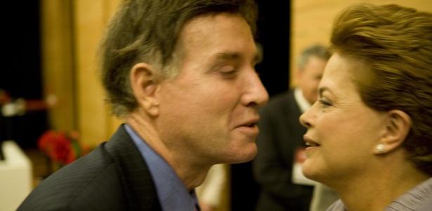 Dilma Rousseff cumprimenta empresário Eike Batista