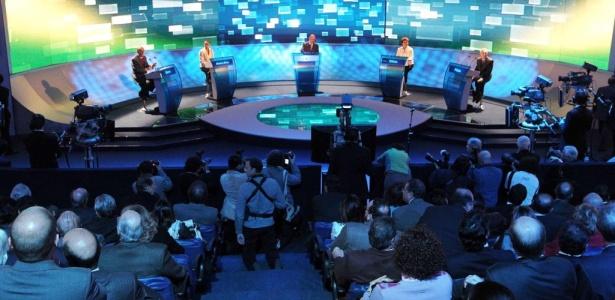 O debate incluiu os quatro candidatos cujos partidos têm representação no Congresso