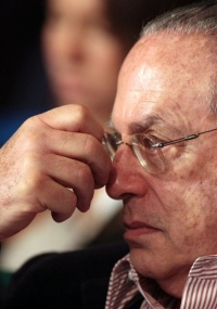 A maioria dos juízes seguiu o entendimento do relator da ação, Jeferson Moreira de Carvalho, que entendeu que Maluf está enquadrado nos impedimentos da Lei da Ficha Limpa