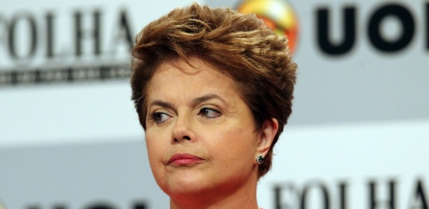 Dilma Rousseff durante debate presidencial Folha/UOL