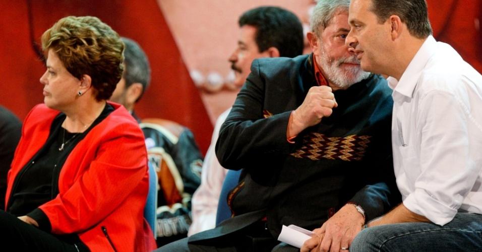 Aliado de Lula, Eduardo Campos lidera com folga as pesquisas de intenções de voto em Pernambuco
