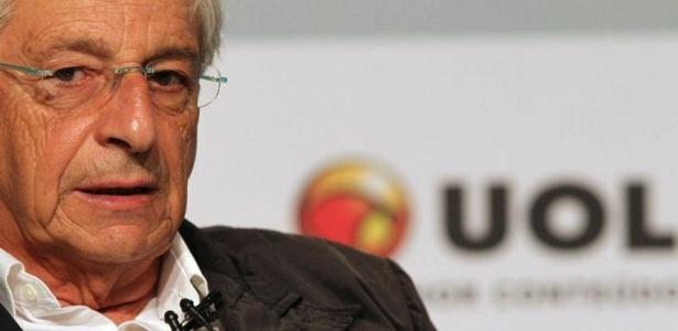 Candidato do PV ao governo do Rio participa de sabatina Folha/UOL; veja mais fotos