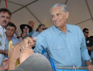 Joaquim Roriz (PSC), que nesta sexta-feira (24) retirou sua candidatura ao governo do DF