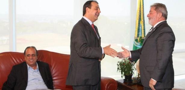 Foto de 2010 mostra Pezão, então vice de Cabral, e Lula em encontro em Brasília