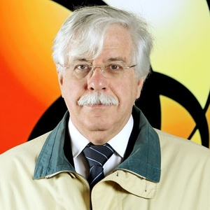 O professor Roberto Romano